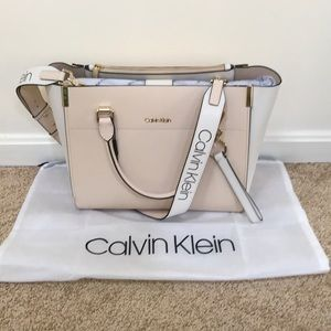 NWT! Calvin Klein sand/ gold leather satchel